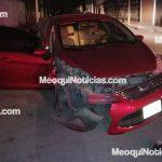 En Meoqui: Tumba un poste, deja su vehículo en el lugar y se da a la fuga
